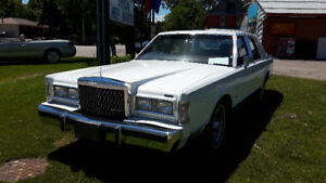 1988 Lincoln Town Car Signature Other