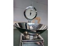 Very nice mechanical Vintage Chrome weighing scales. In excellent condition. Delivery is available
