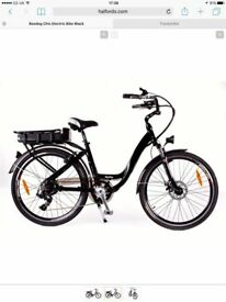 Roodog Chic Electric Bike Black (Unisex) only used 4 times.