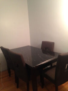 RELOCATING Marble dining room table with 4 chairs