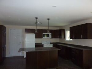 Bright and Spacious 3 Bedroom + Office