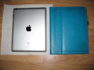 iPad 2 - 64GB - WiFi and Leather case include
