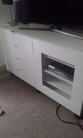 White Matt TV cabinet/unit