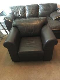 Classic Leather arm chair