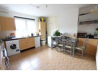 LOVELY DOUBLE ROOM. IDEAL FOR AMENITIE, TRANSPORT and MORE N14 N21 N11 EN4. C A L L TODAY!!!!!