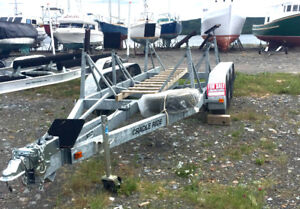 Boat trailer 3 axle cradle ride