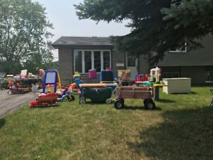 AWESOME Yard Sale - something for everyone - LOTS OF TOYS