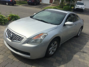 Nissan Altima 2.5S Coupe 2009