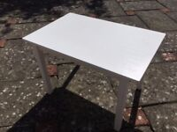 Child's white wooden play table W: 76 x L: 50 x H: 50