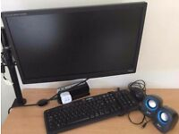 iiyama prolite monitor with free keyboard and mouse