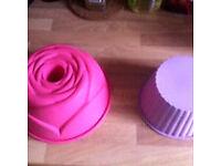 Cake tins bakeware