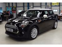 MINI Hatch COOPER D [SAT NAV] (midnight black) 2014