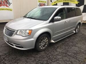2011 Chrysler Town & Country Limited, Auto, Sunroof, TV/DVD, Bac