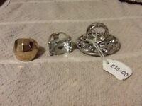 Costume jewellery rings