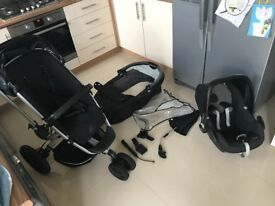 Quinny Buzz travel system, Used, but in good working order, can deliver!