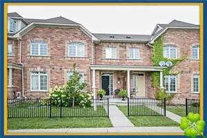 Beautiful Urban Chic Freehold Townhome In Prime Whitby Location