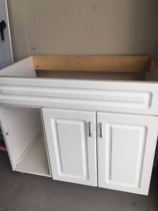 White vanity with no top