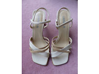 Carvella Women's Beige & Cream Leather Strappy Sandles, Size 38½ / UK 5½