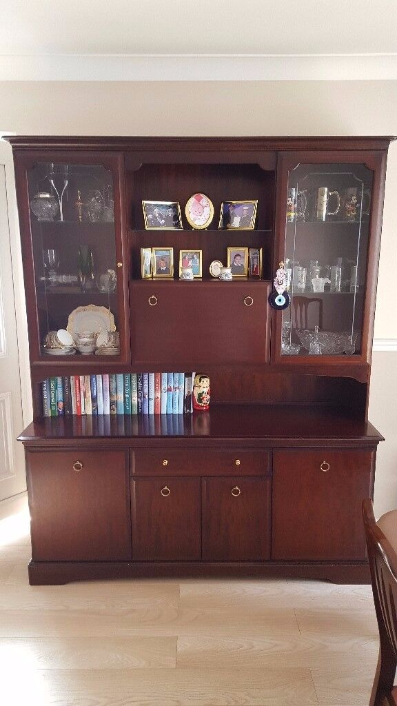 Stag Minstrel Dining Room Table Chairs And Display Cabinet