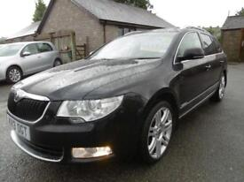 2013 Skoda Superb 2.0 TDI CR 140 Elegance 5dr DSG 5 door Estate
