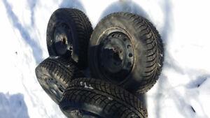4 pneu d'hiver Champiro Ice pro