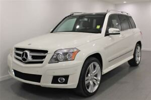 2010 Mercedes-Benz GLK-Class 350|AWD|Nav|Sunroof|PST Paid