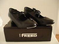 Ladies Black Leather Cuban Heal Tap Shoes
