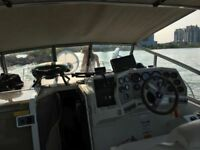 1996 Carver Yacht Boat for renting