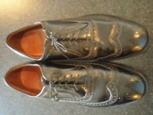 Allen Edmonds Black wingtip Laceup dress shoes 11.5E