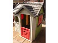 Excellent condition kids Smoby Playhouse.