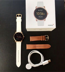 Fossil Smartwatch, Rose Gold