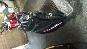 Ladies right hand intech verdict clubs with taylor made bag