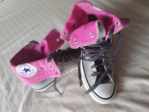 Converse All Star girls sneakers size 7
