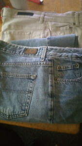 2 pairs of jeans guc