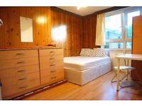 Beautiful double room in Poplar, Canary Wharf.2 weeks deposit