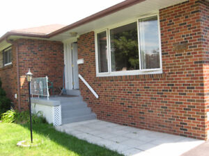 A Furnished Room for Rent in Burlington - All inclusive $750