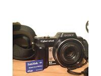 Digital Camera - Sony Cybershot DSC H 10
