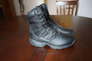 Mens Boots - New Condition