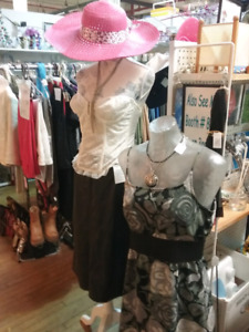 Vintage clothing, collectibles, antiques plus 1000 booths