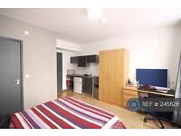 Studio flat in Seel Street, Liverpool, L1