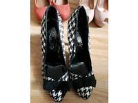 Ladies shoes 6/7