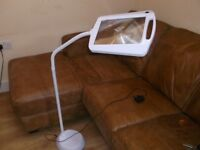 Magnifying LED Lamp on stand