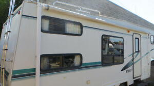 1999 Vanguard Frontier Plainsman Fifth Wheel Everything Works