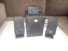 LOGITECH SPEAKERS WITH SUBWOOFER !i