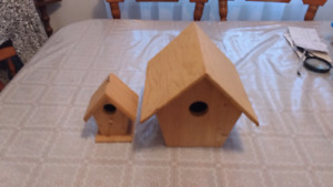 Two Wooden bird house brand new two for$20