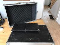 Swan Pedalboard (pedal board/Flightcase for guitar/bass pedals)