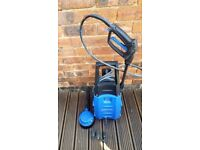 NILFISK POWERFUL 110BAR PRESSURE WASHER WITH TOOLS