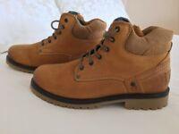 Men's UK size 11/Euro size 45 Wrangler Yuma boots - never worn