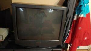 télévision 19 pouces