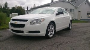2011 Chevrolet Malibu LS Berline 4 cylindres